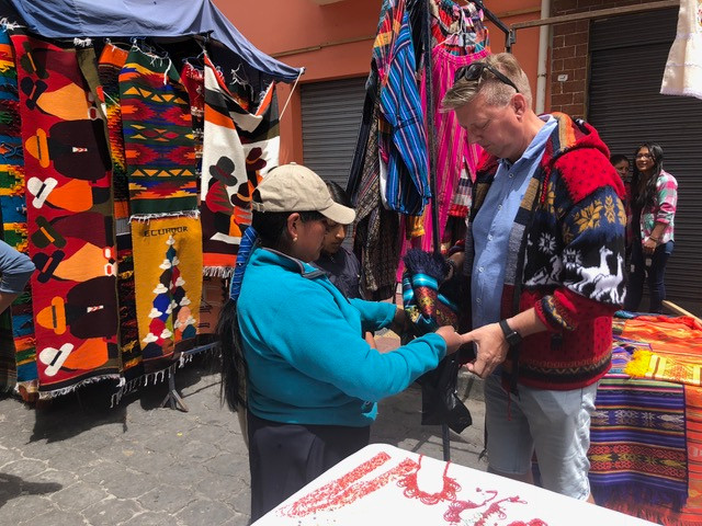 otovalo-markt-ecuador