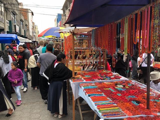 otavalo-markt-ecuador