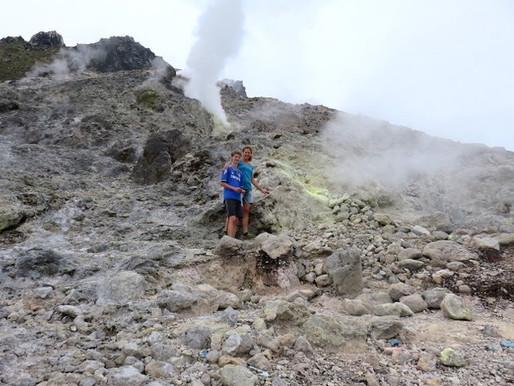 Berastagi: dansen op de vulkaan