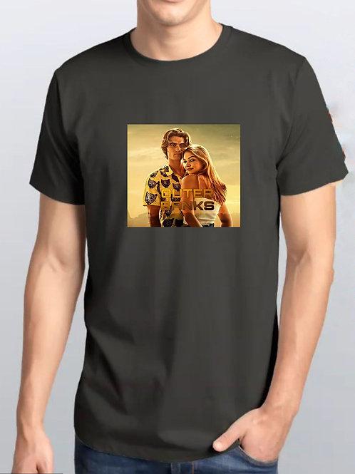 Camiseta Preta / Outer Banks Oficial Netflix / QuadrooCentral