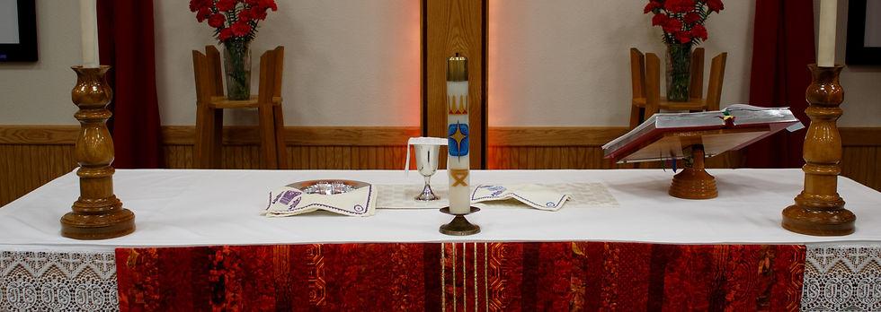 altar-pentacost_edited.jpg