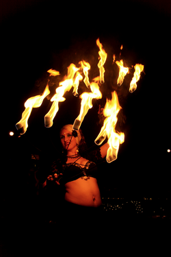 Fire_Dancer_03_edited.jpg