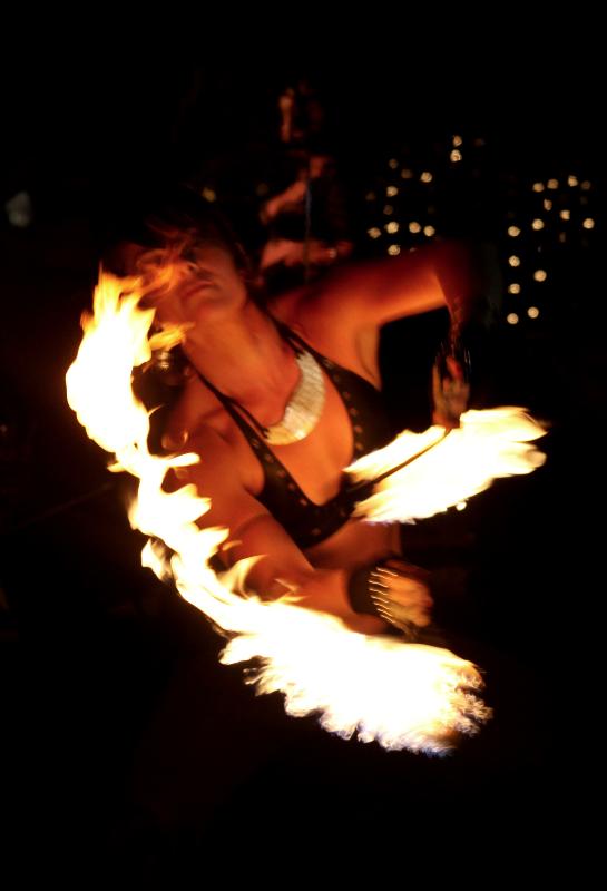 Fire_Dancer_02_edited.jpg