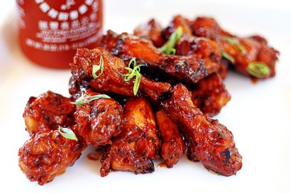 Sweet-Spicy-Sriracha-Hot-Wings-410x273