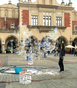 Market Square Bubbles