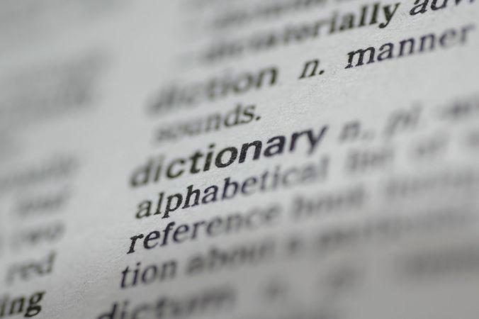 dictionary-1423121.jpg