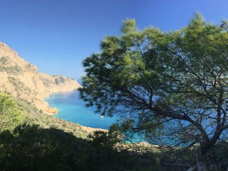Yoga Kundalini et alimentation vivante à Ibiza.