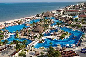 Moon Palace Cancún.jpg