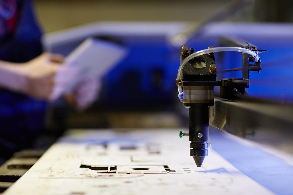 lasercut-industry-BWBFS6Z.jpg