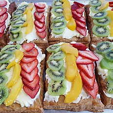 Puff pastry tarta