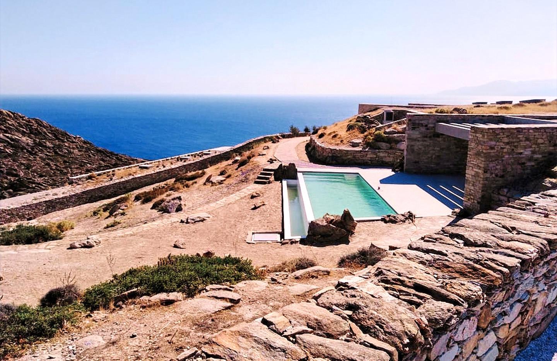 2 bedrooms pool.jpg