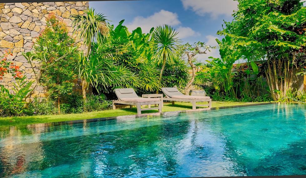 Wahyu-Villa-honeymoon-pool-view-6 .jpg