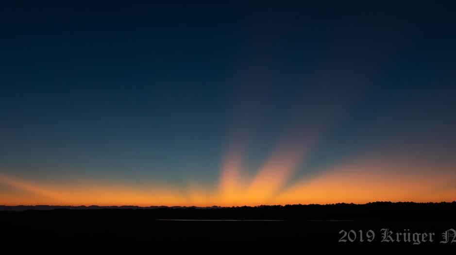 Sunrise-2243.jpg