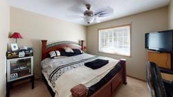 Oak-Grove-Townhomes-3-Bedroom-2-Bath-Bed