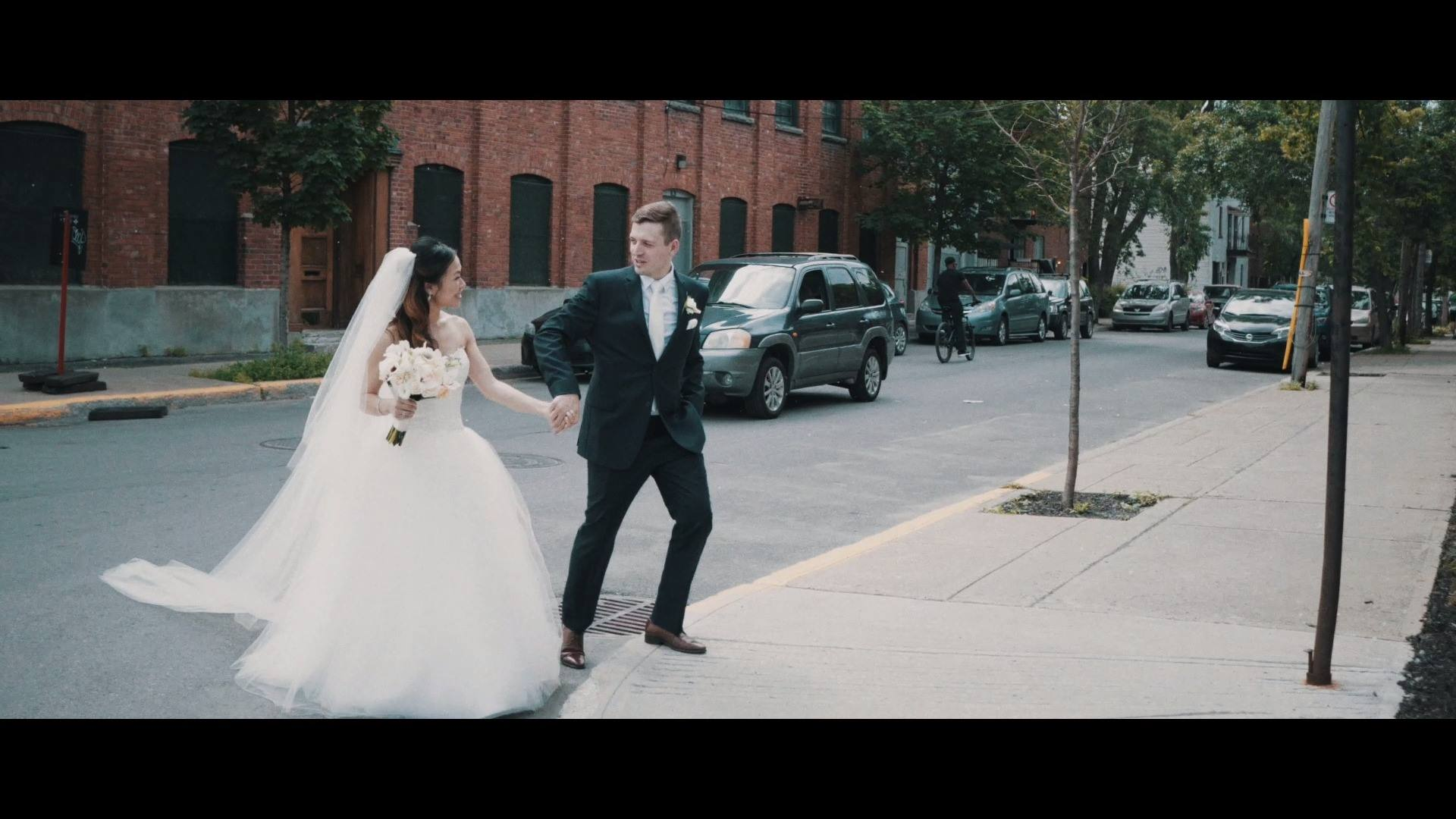 Alice & Dominic - Urban wedding