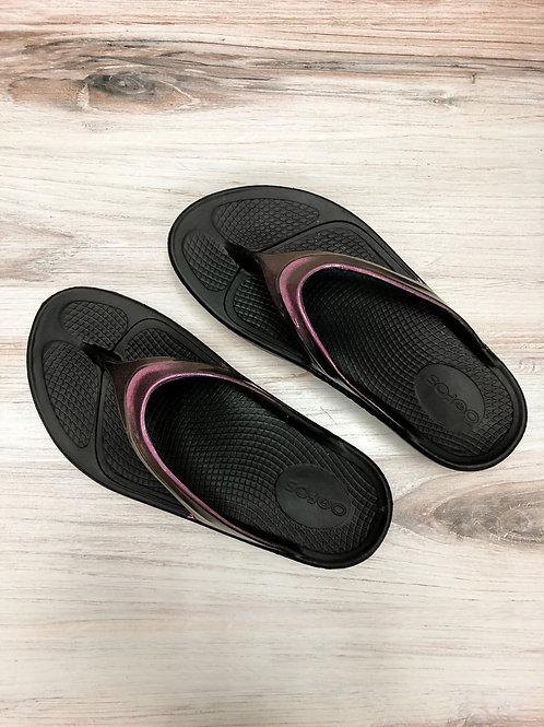 Oofos Metallic Thong Sandal