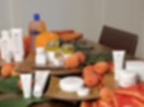 Швейцарская косметика Deesse в Москве,уход для лица,маска для лица,скраб,масло абрикосовых косточек,витамины,масло ростков пшеницы,абриокосовая,абрикосовый,концентрат,спрей,пилинг,крем для рук,масло ши,масло какао,абрикосовое масло,дезодорант,помада