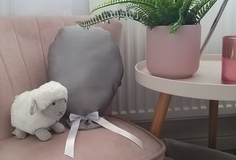 Fifi and me... Balloon cushion