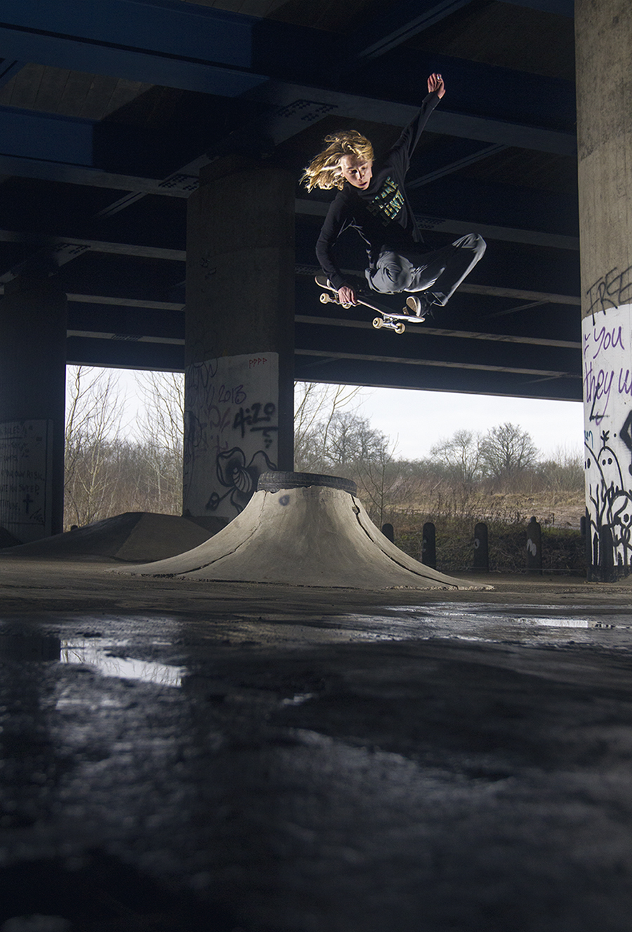 Jake Royal - Tuck Knee - Urbside 2015