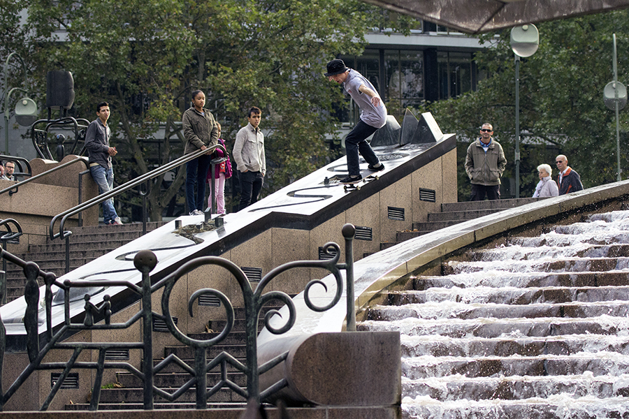 Charlie Munro - FS 50-50 - Fountain - Berlin 01