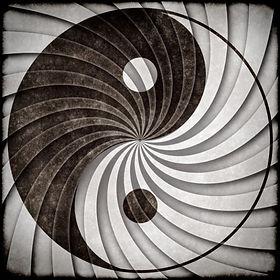 yin-yang-symbole-grunge_61-2005.jpg