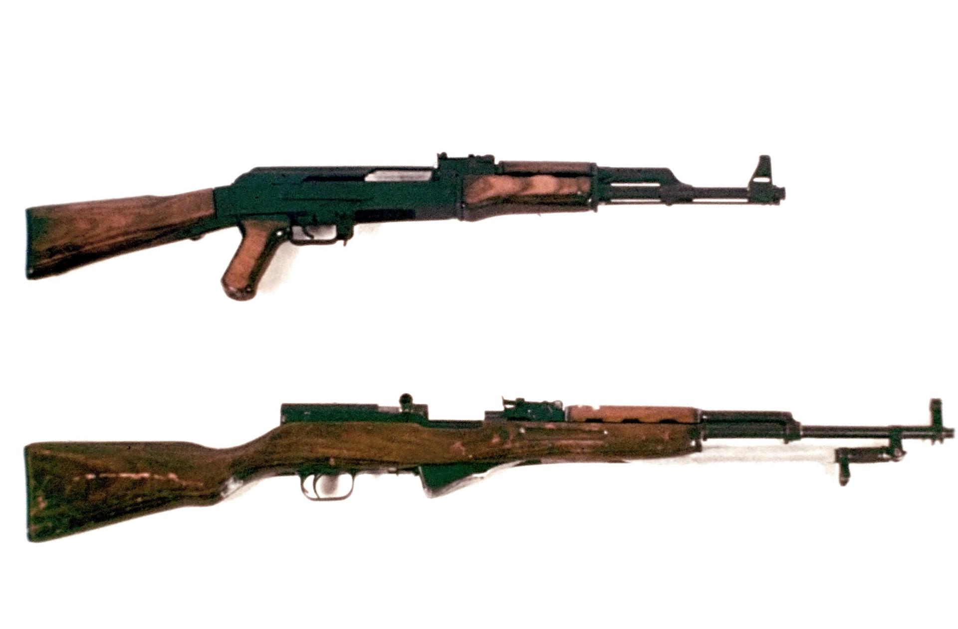 AK-47и СКС.jpg
