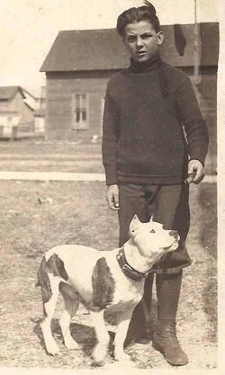 42e310cee3ca6936460a0258f04762e0--black-pitbull-vintage-dog