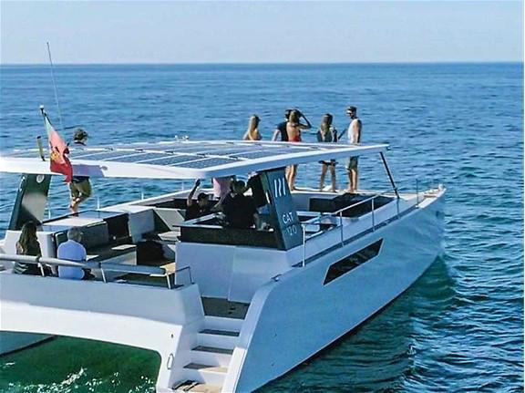 Catamaran2web.jpg