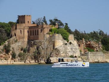 Céus Cinzentos e Barcos Solares  | Portugal News