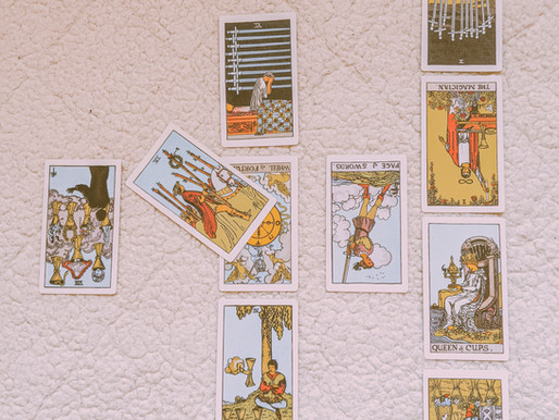 2021 TAROT READING: PREDICTIONS FOR THE YEAR AHEAD