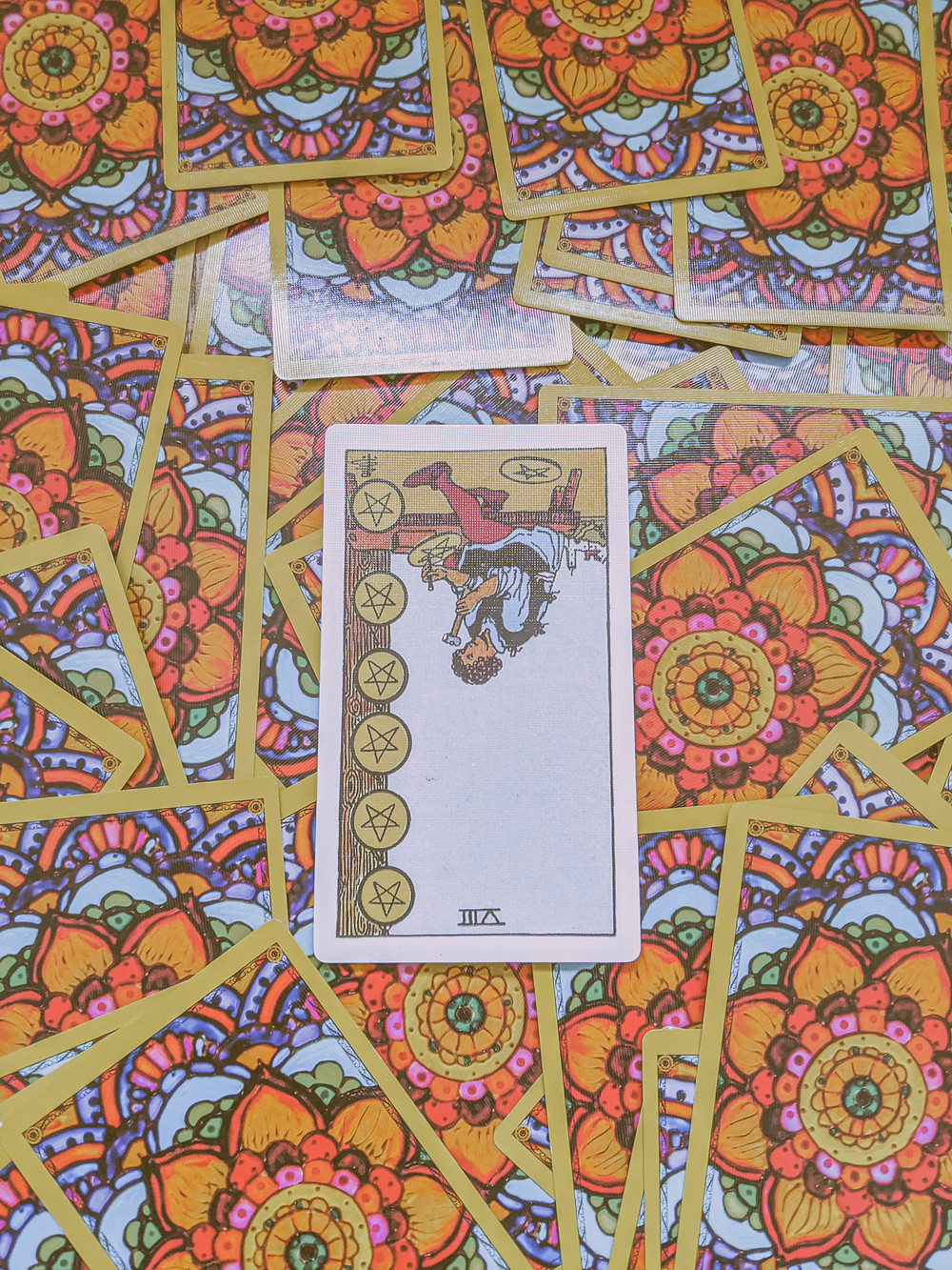 December tarot reading - predictions for the month ahead