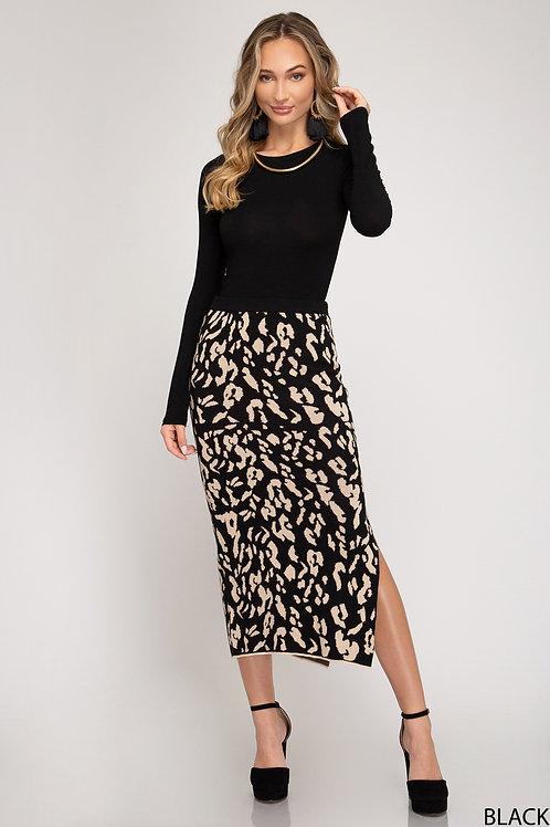 Fierce side slit skirt