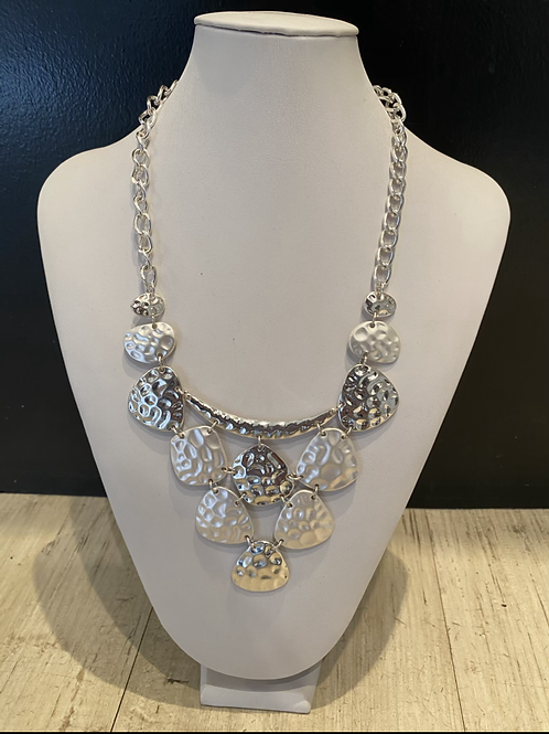 Dahlia hammered necklace