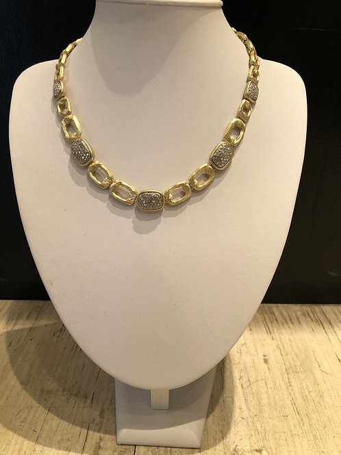 Brushed gold magnetic necklace with crushed crystals
