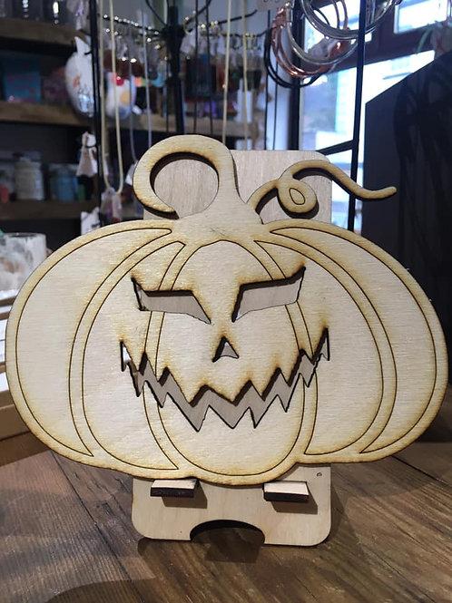 Cheeky Pumpkin to decorate