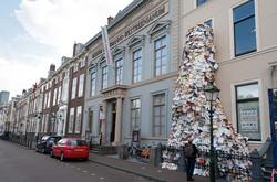 alicia-martin_museum-meermanno_paper-biennial-2012_2_collabcubed