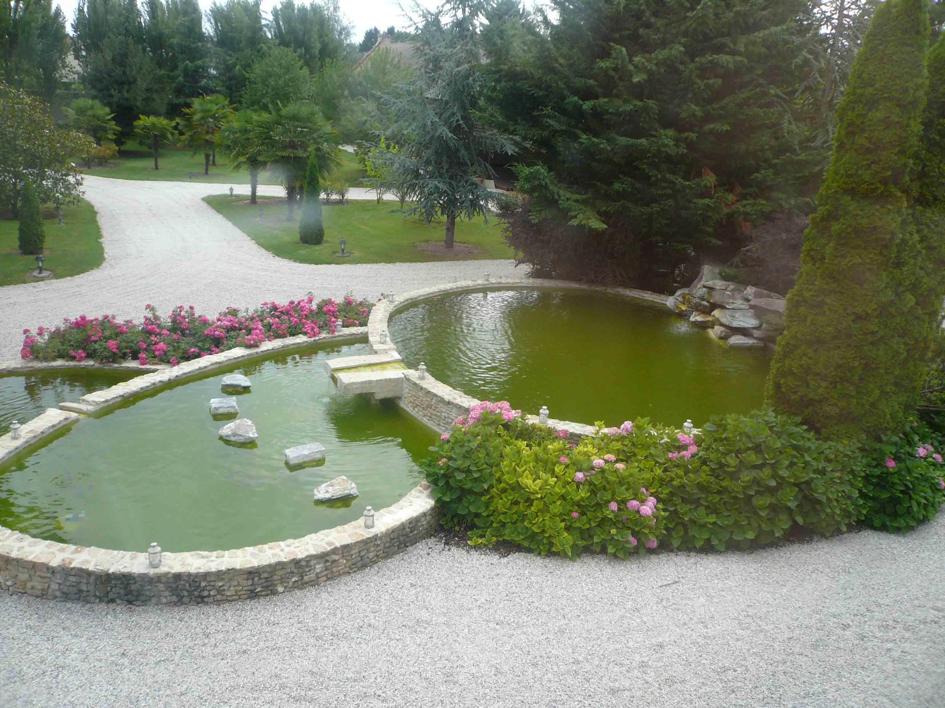 Château avec piscine et jacuzzi