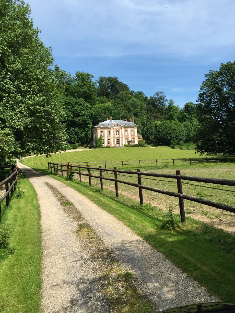 Vente château dans 14 hectares