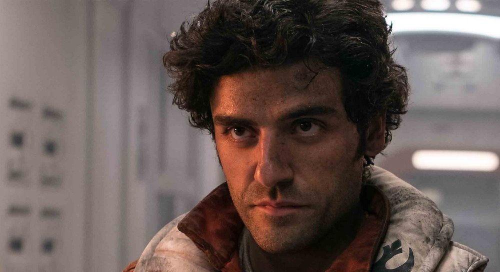 Oscar Isaac, ator cujo papel de maior destaque atualmente, foi interpretando o personagem Poe Dameron na mais recente trilogia de Star Wars.