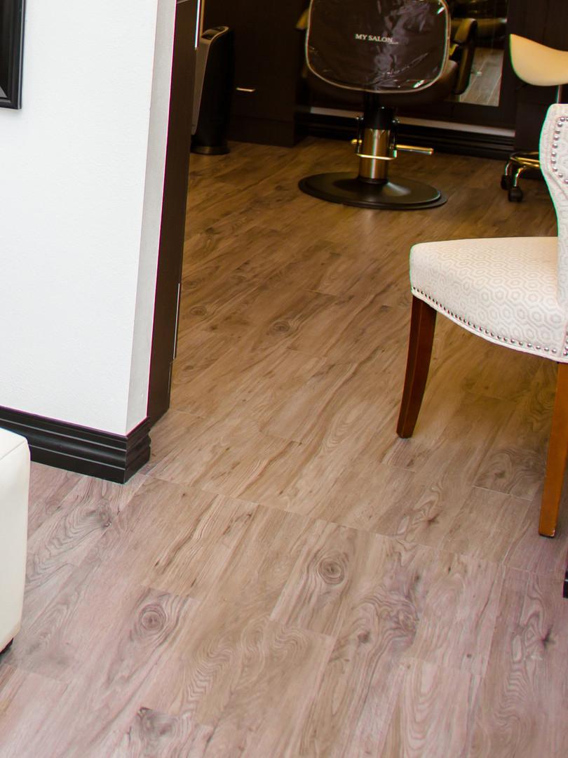 Stain-resistent flooring