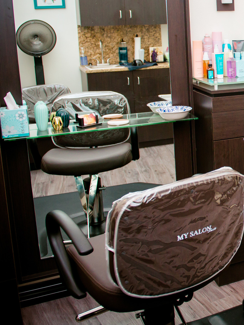 Double-sided styling station