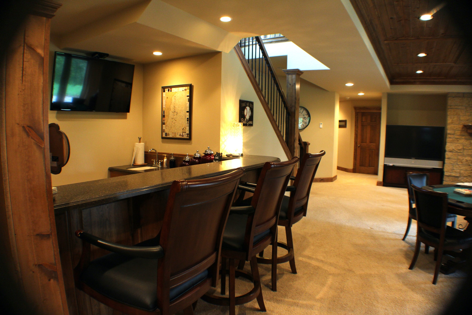 FAMILY ROOM BAR AND FIREPLACE