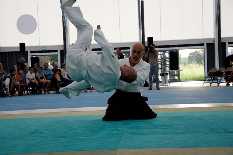 Cours d'aïkido club de Genas