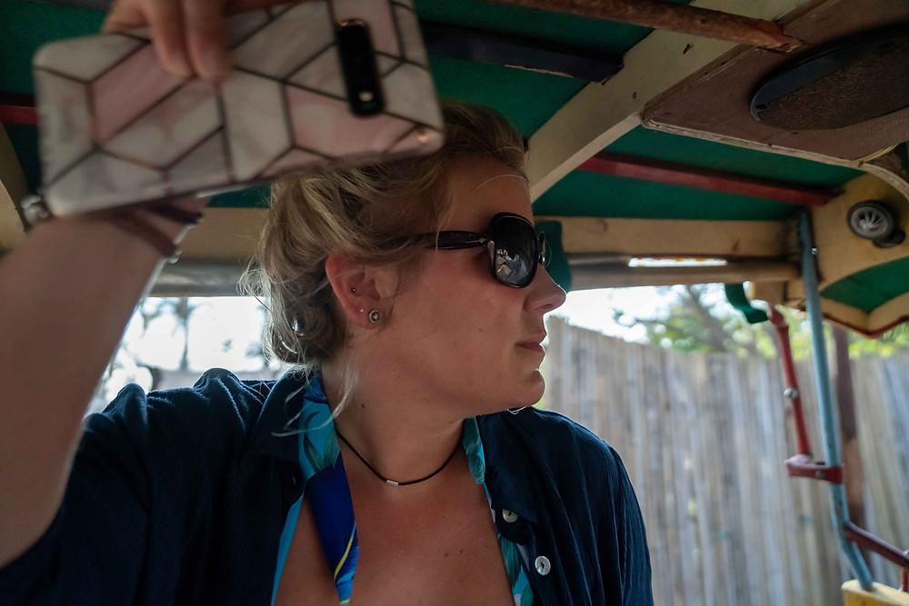 Holding on horse cart Gillit T Island