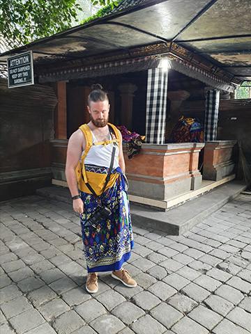 Dress Code Tirta Empul Temple in Bali