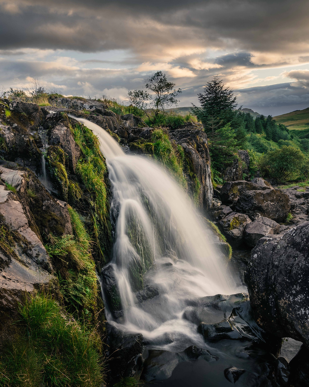 Loup of Fintry Waterfall Green Cascading
