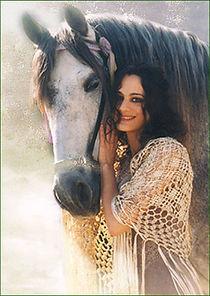 CA050_Laila-cheval.jpg
