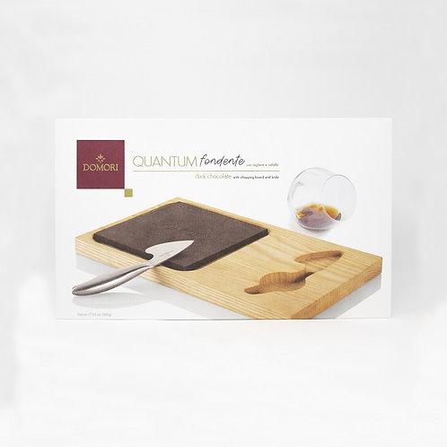 """QUANTUM Cioccolato fondente maxi con tagliere e coltello """"Domori"""""""