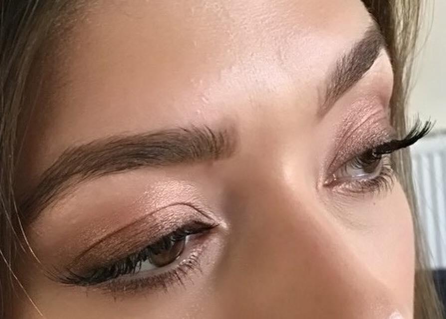 nic makeup 12