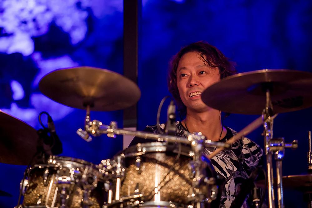 今回初参加のドラムス 鶴谷智生